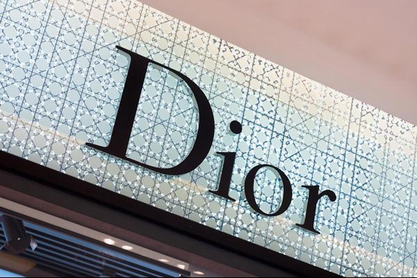 迪奥新加坡新创意咖啡馆 迪奥Dior咖啡快闪店新饮品多少钱一杯?