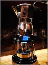 咖啡冲煮方式:摩卡壶的来源及操作方法的介绍