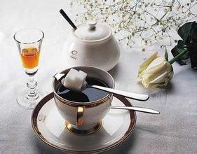 摩卡壶和虹吸壶的区别-电摩卡壶好还是咖啡机