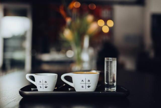 意大利浓缩咖啡与超浓咖啡,哪个更好?